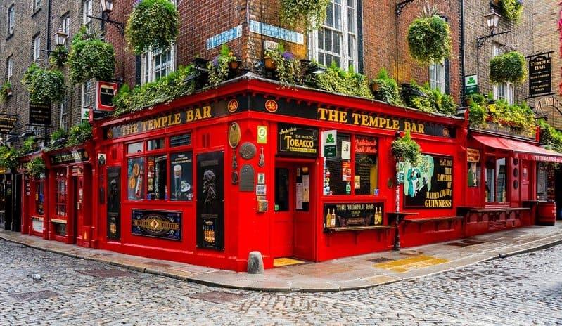 temple bar en dublin irlanda uno de los sitios que ver
