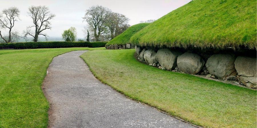 Tumbas Megalíticas de Newgrange, Knowth y Dowth