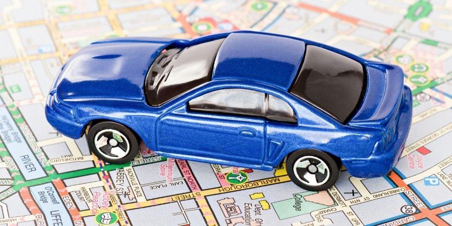 Vehículo sobre mapa en Dublin vs Cork