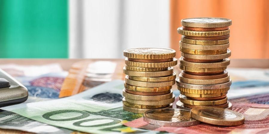 Dinero de la economía de Irlanda