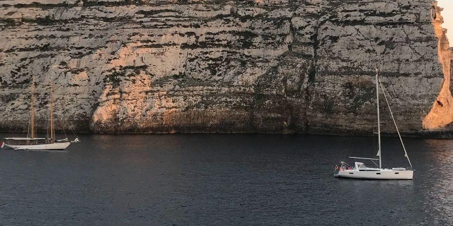Turismo en barcos en los Acantilados de Moher