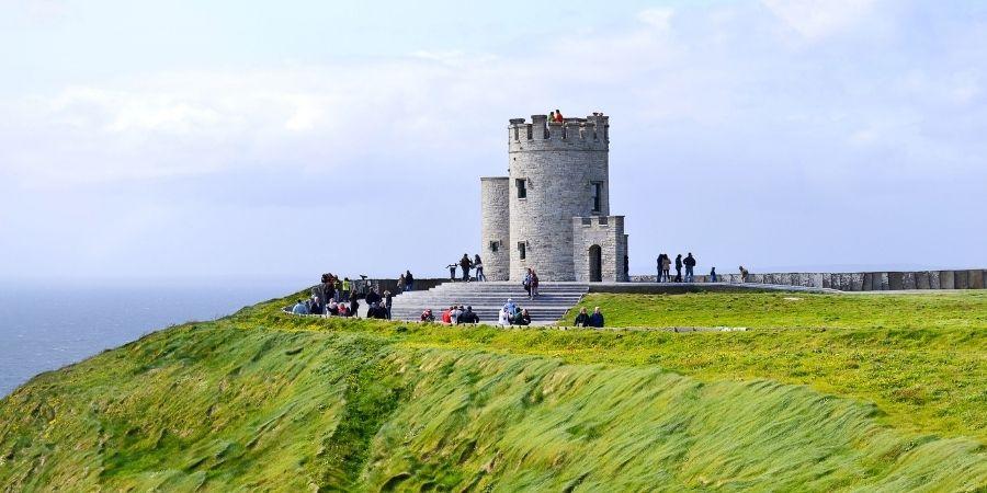 Torre O'Brien en los Acantilados Moher