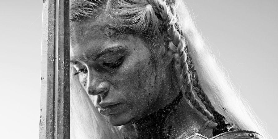 mujer celta concentrada