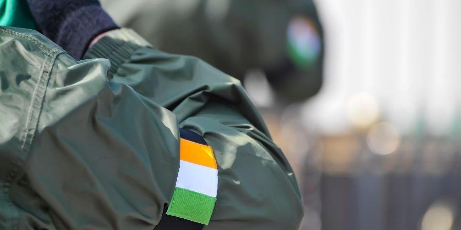 El ejercito de irlanda se crea para lograr su independencia.