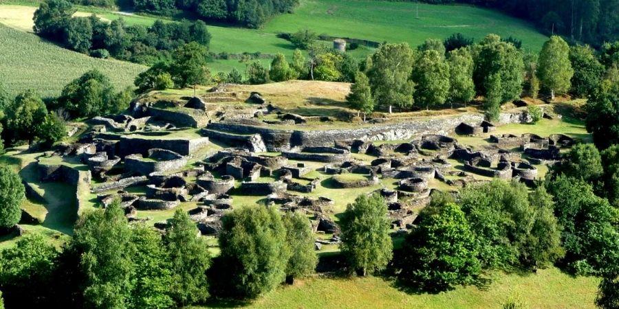 Los asentamientos con murallas de piedras eran típico entre los celtas.