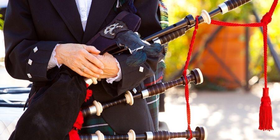 Instrumento de raiz celtica, muy popular a nivel mundial.