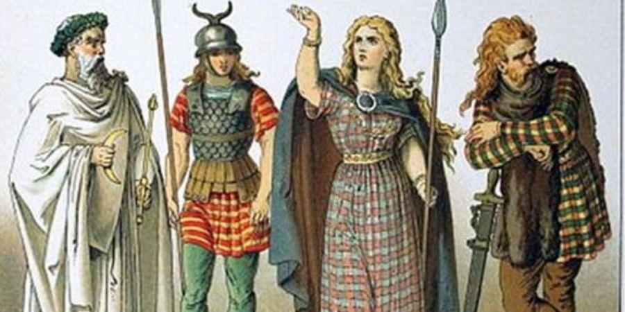 La nobleza celta se vestia de una forma resaltante en la sociedad.