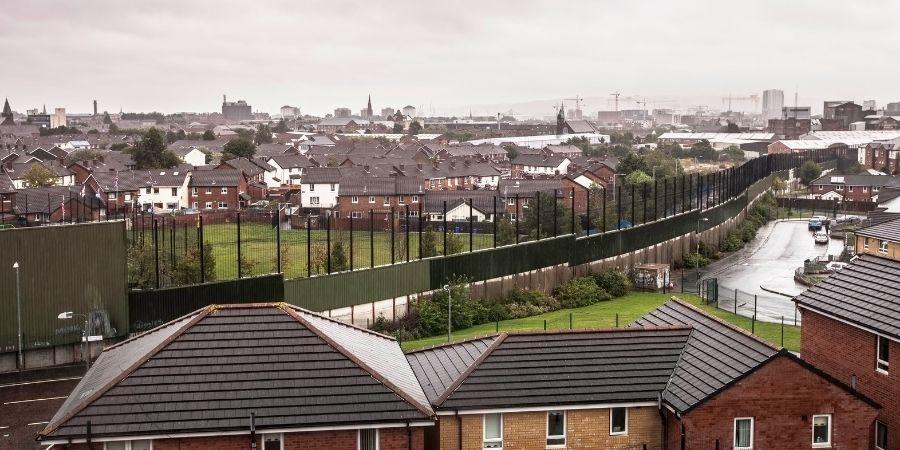 Muro por la paz en Belfast.